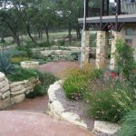 Texas Style Front Yard Landscaping Ideas 40