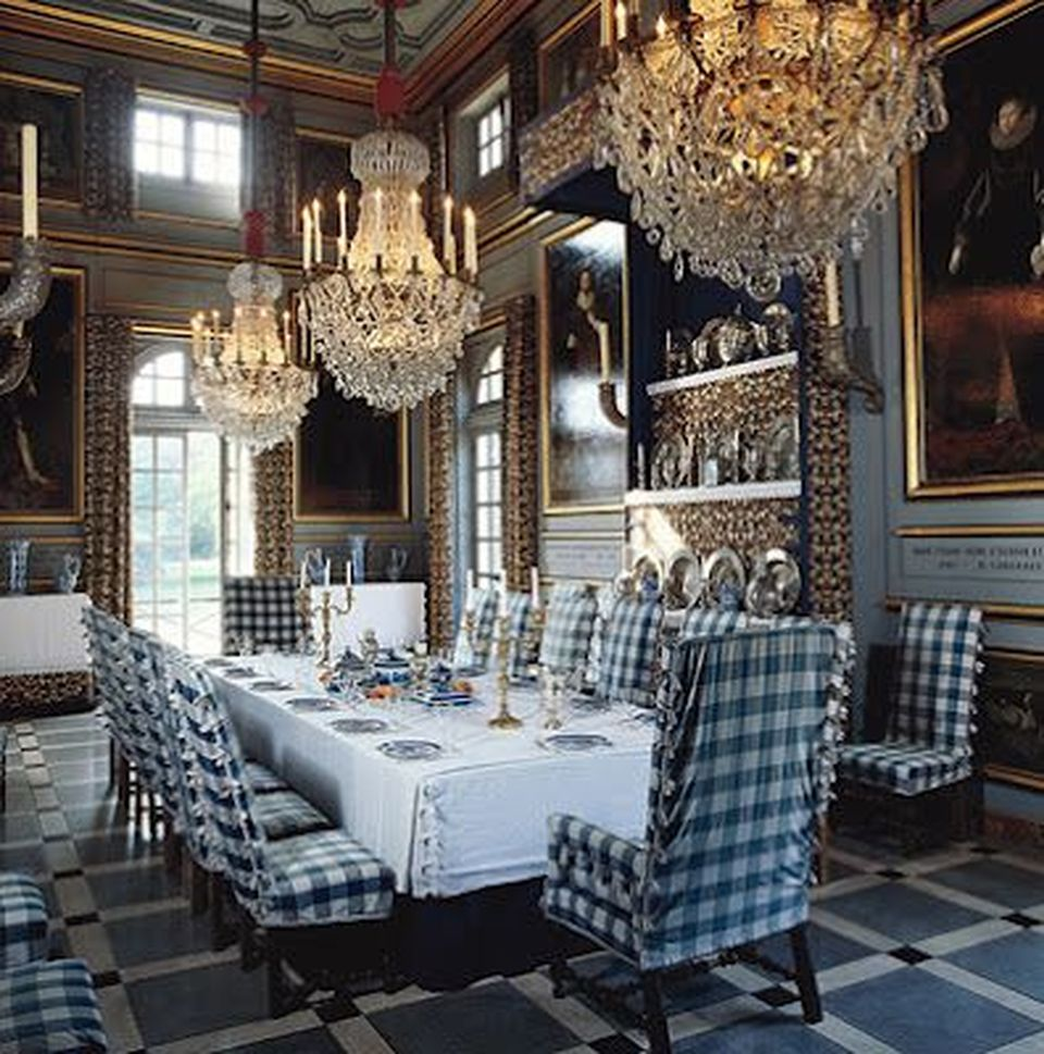 Glorious and luxury western dining room design 8 for Western dining room ideas