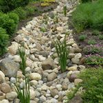 Inspiring Dry Riverbed and Creek Bed Landscaping Ideas 21